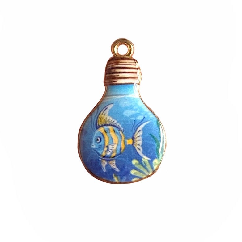 angel fish in the light bulb charm, fish charm, under the sea, charm, enamel charm, gold plated charm, jewelry charm, sea life, zinc alloy, 28x17mm, vintage supplies, jewelry supplies, charm supplies, fish in a bulb, 03935