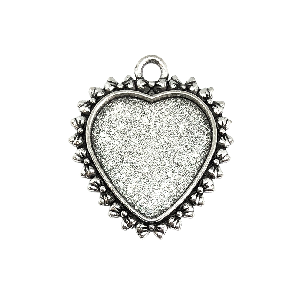 silver heart pendant, heart charm, cast zinc, antique silver finish, 31x27mm, vintage supplies, heart, heart mount, jewelry findings, jewelry making, vintage supplies, jewelry supplies, charms, B'sue Boutiques, bow design edge, bow design heart, 09201