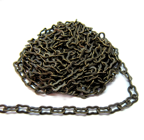 brass chain, peanut chain, antique brass, 01219, B'sue Boutiques, nickel free chain, US made chain, jewelry chain, brass ox chain, necklace chain, bracelet chain, vintage jewelry chain, ribbed chain