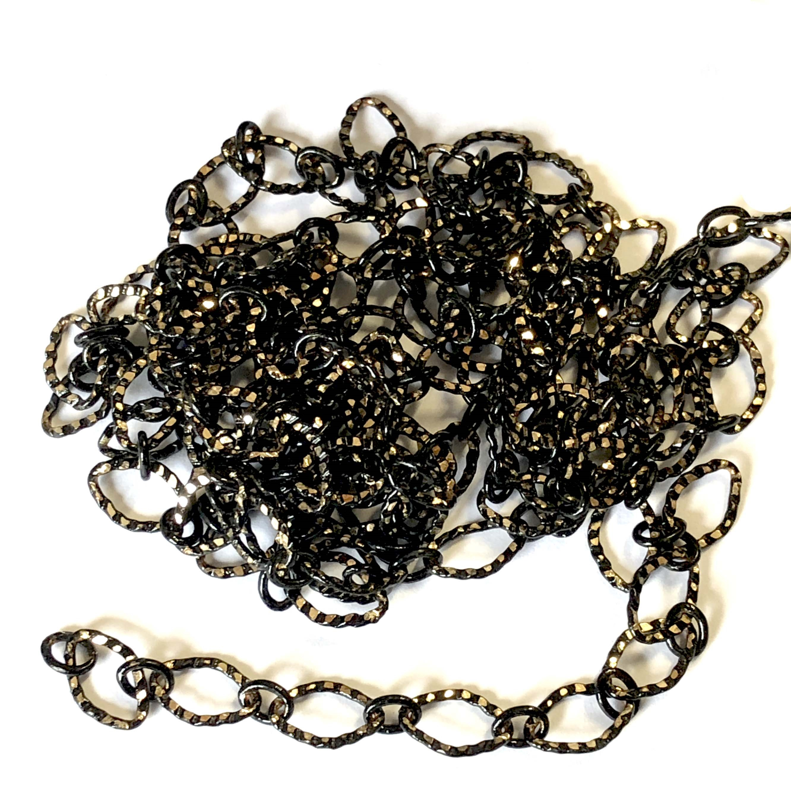 notched cable chain, black/gold, oval chain, brass chain, 03357, B'sue Boutiques, nickel free, us made chain, jewelry chain, jewelry making chain, bracelet chain, necklace chain, black and gold chain,  jewelry supplies, jewelry findings