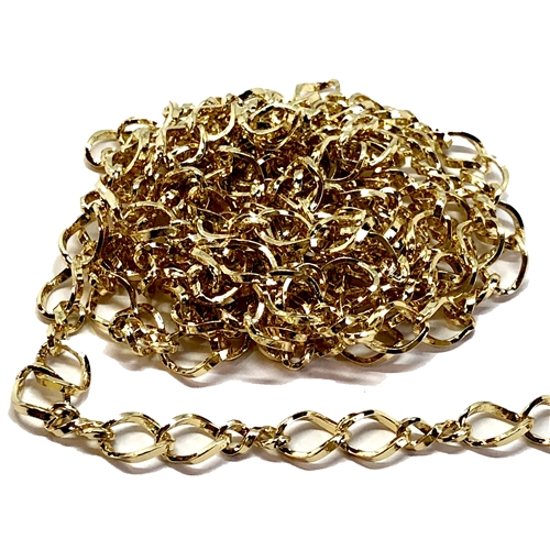 figure 8 chain, gold plate chain, cable chain, 05977, B'sue Boutiques, nickel free chain, US made chain, jewelry chain, vintage jewellery supplies, bracelet chain, necklace chain, double link chain, twisted chain, antique gold chain