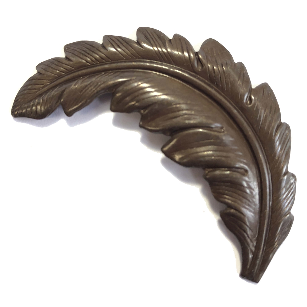 brass leaves, leaf stampings, jewelry supplies, 0136, chocolate brass, choxie, vintage jewelry supplies, US Made jewelry supplies, nickel free jewelry supplies, B'sue Boutiques, curved leaves, brass findings, feather