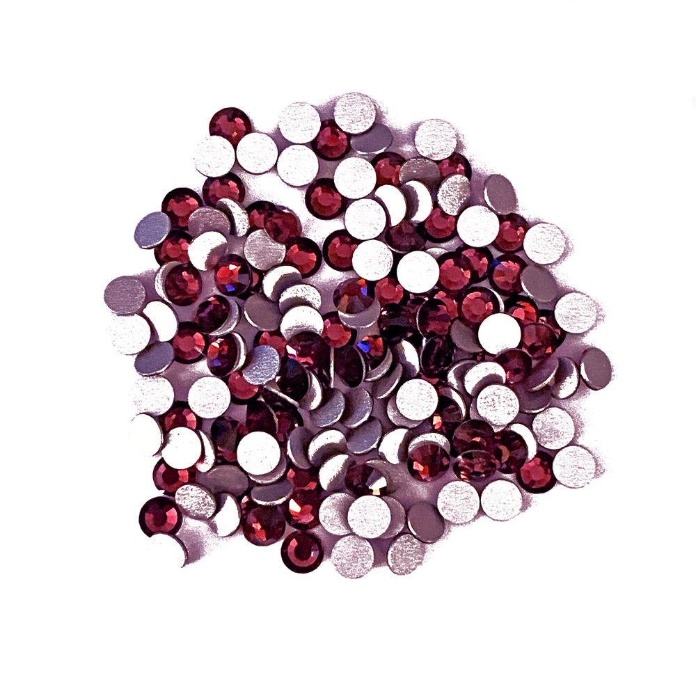 3mm preciosa garnet flatback rhinestones, rhinestone, stone, preciosa, Czech, flatback, 3mm, garnet, silver folded back, sparkle, jewelry making, jewelry findings, B'sue Boutiques, jewelry supplies, garnet rhinestones, jewelry chatons, red, 02848