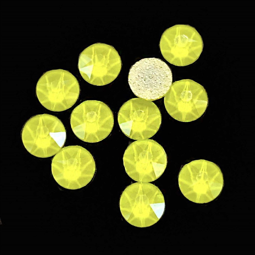 4mm, 16ss, Glow in the Dark, Electric Yellow, 09380, rhinestone, stone, Czech glass, flatback, flatback rhinestone, 4mm, flatback, sparkle, jewelry making, jewelry findings, B'sue Boutiques, vintage supplies, jewelry supplies