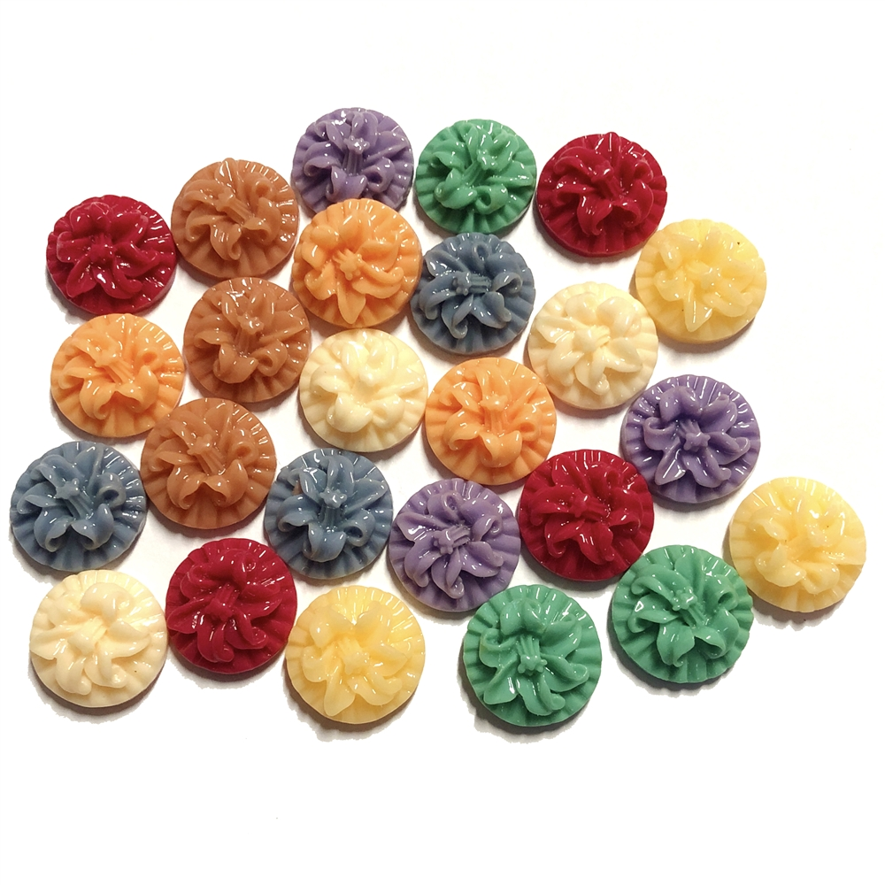 resin flowers, lilies, mixed colors, 09150, B'sue Boutiques, assemblage flowers, vintage jewelry supplies, jewelry making, plastic flowers, jewelry making flowers, US made flowers, jewelry findings