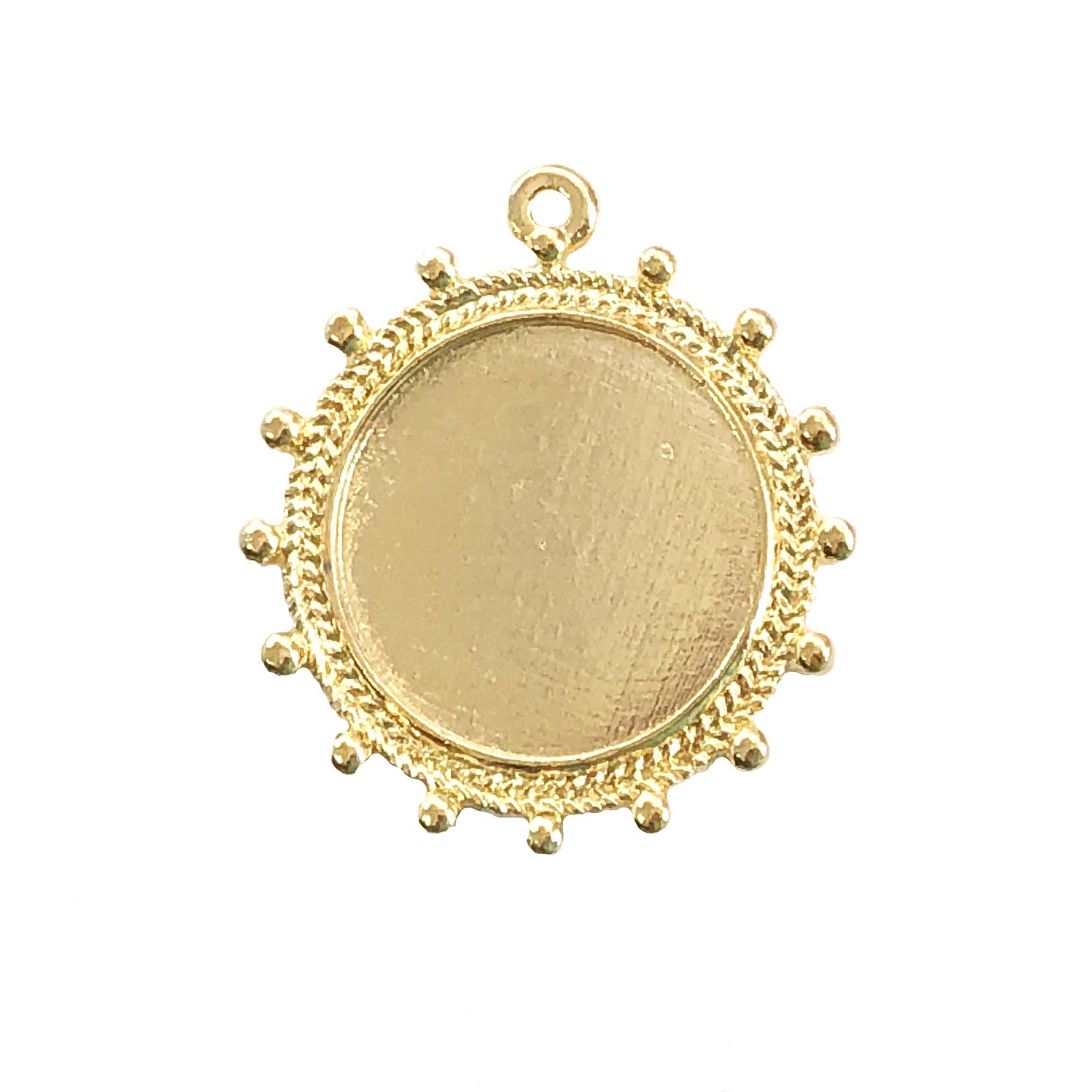 22k gold finish, cameo pendant, 063, lead free pewter, B'sue by 1928, gold plate pewter, antique, vintage jewelry parts, pewter jewelry parts, nickel free finish, made in the USA, 1928 Company, designer jewelry, B'sue Boutiques