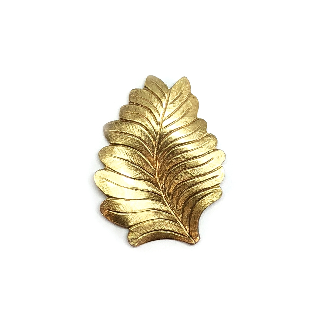 vintage style leaf stamping, right facing, leaf, stamping, raw brass, unplated brass, antique brass, brass, US made, 27x21mm, vintage style, right leaf, brass stamping, jewelry making, vintage supplies, jewelry supplies, B'sue Boutiques, 01486