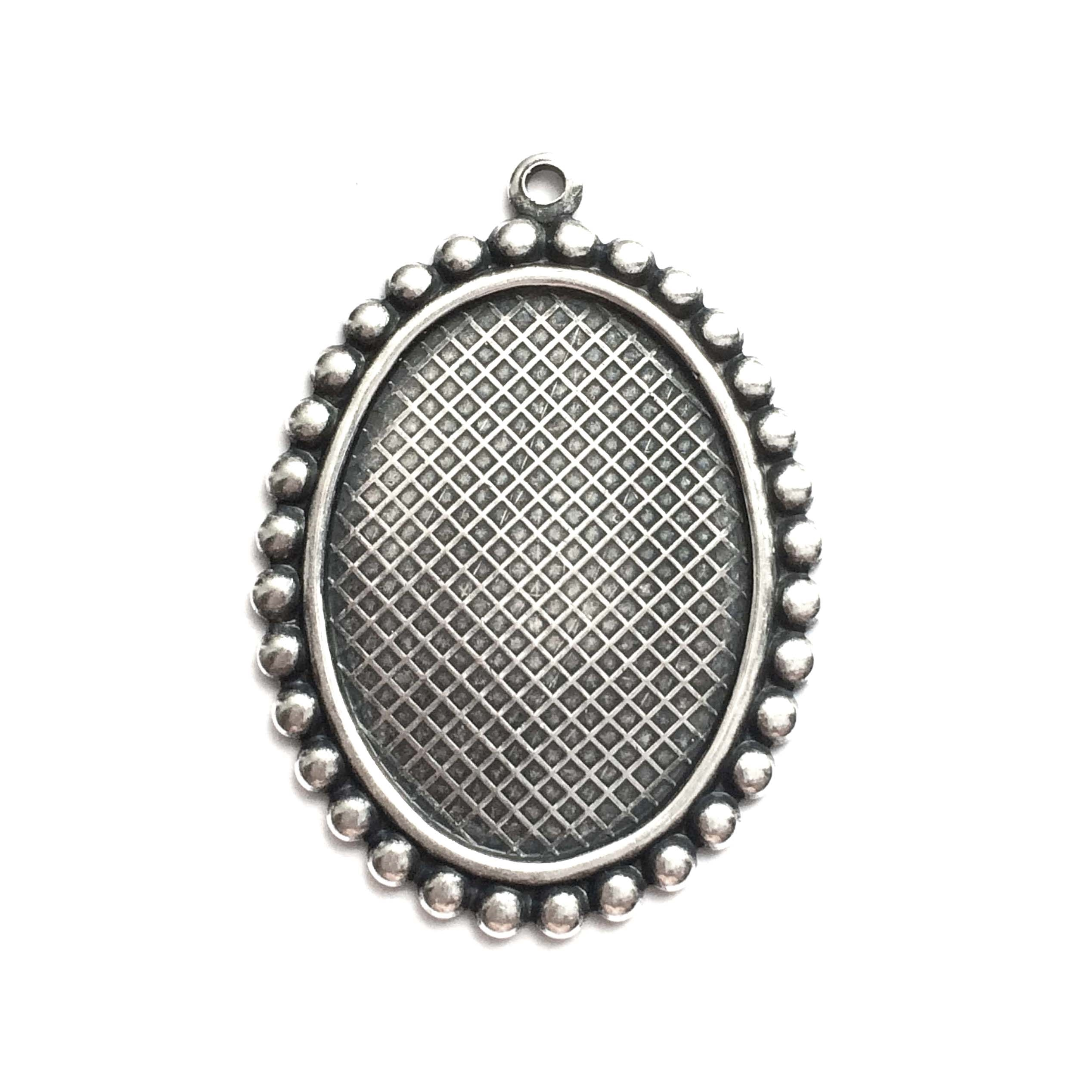 beaded edge design mount, silverware silverplate, mount, antique silver, silver, pendant top mount, pendant, bezel, 25x18mm, silverware, silverplate, us made, nickel free, B'sue Boutiques, vintage supplies, jewelry supplies, jewelry making, 02882