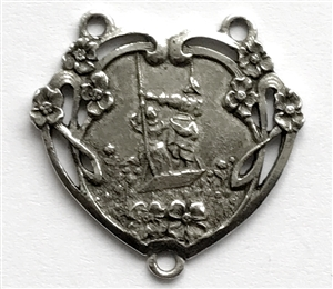 heart pendant, swinging couple, old silver, pewter castings, vintage jewelry supplies, pewter pendants, floral hearts, heart pendants, jewelry making, B'sue by 1928, vintage jewelry, B'sue Boutiques, heart, pendent, silver, old silver pewter, 02252
