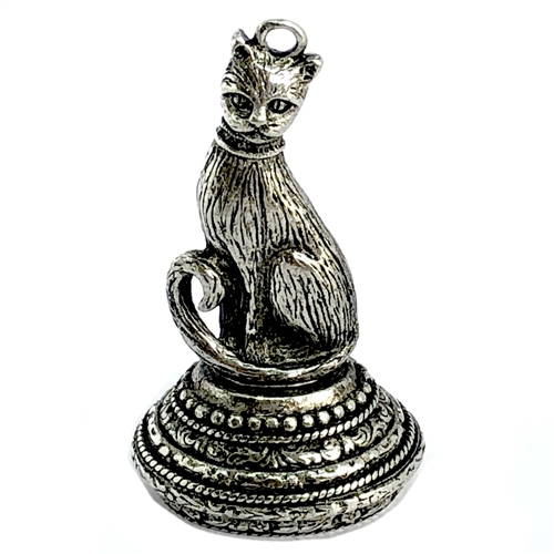 pewter cat pendant, old silver, 06646, 1928 Jewelry Company, pewter castings, cat pendant, recess cat pendant, 25 x 18mm mount, jewelry making supplies, vintage jewelry supplies, US made, nickel free, Bsue Boutiques, antique silver