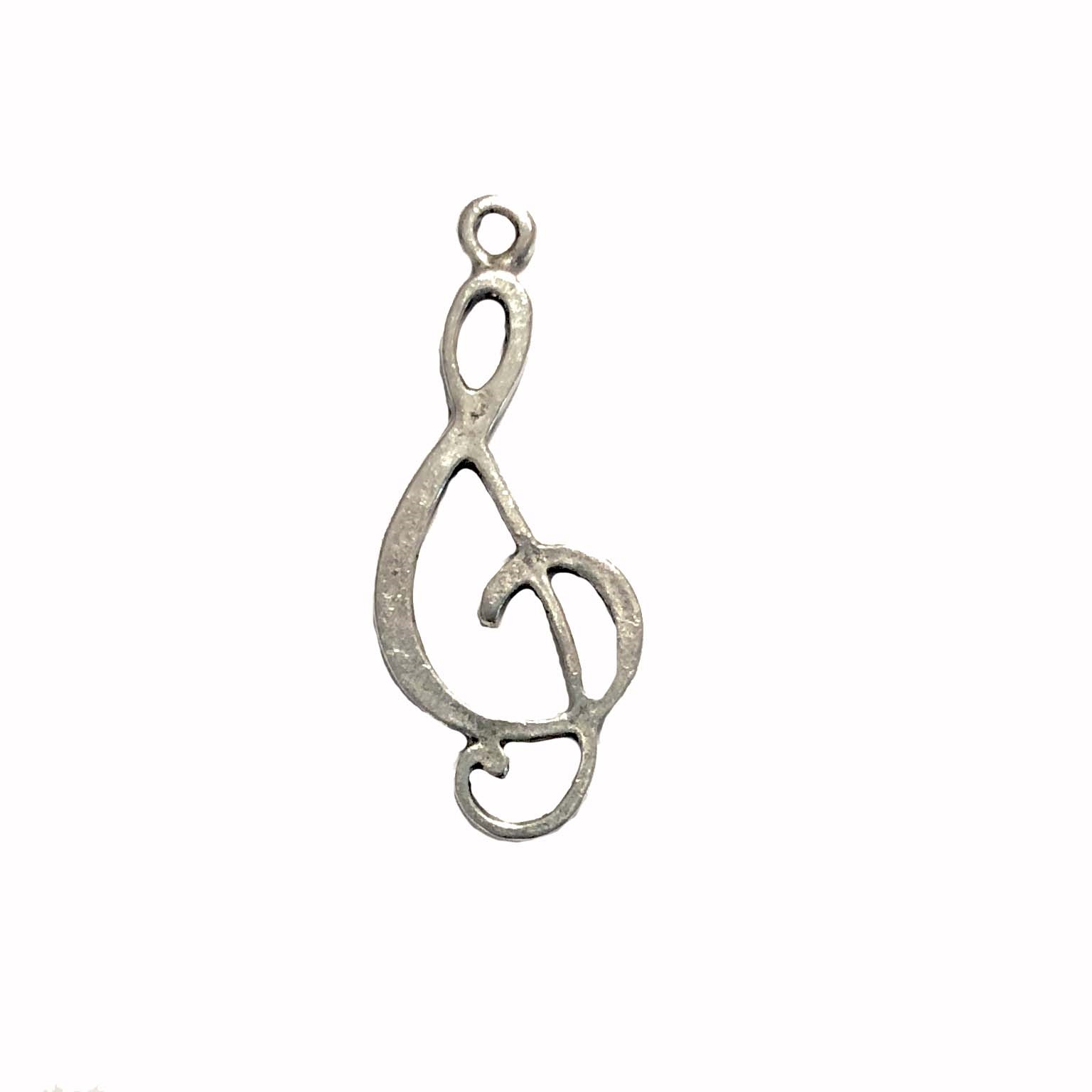 old silver, treble clef, music charms, pewter charms, 09733, lead free pewter, B'sue by 1928, silver plated pewter, antique, vintage jewelry parts, pewter jewelry parts, nickel free finish, made in the USA, 1928 Company, designer jewelry, B'sue Boutiques