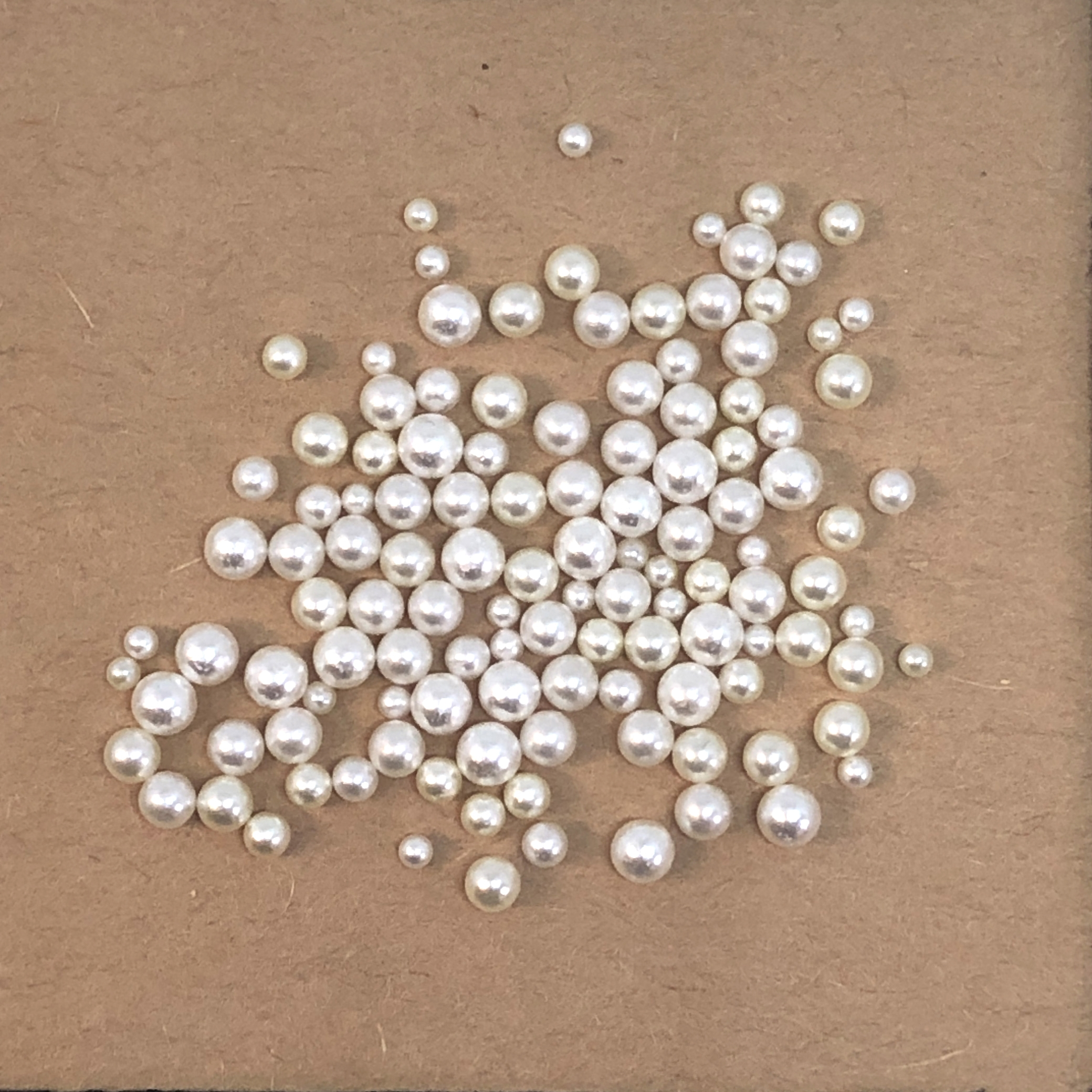no hole pearls, assorted pearls, 06590, jewelry making supplies, vintage jewelry supplies, beading supplies, US made, Bsue Boutiques, cream pearls, white pearls