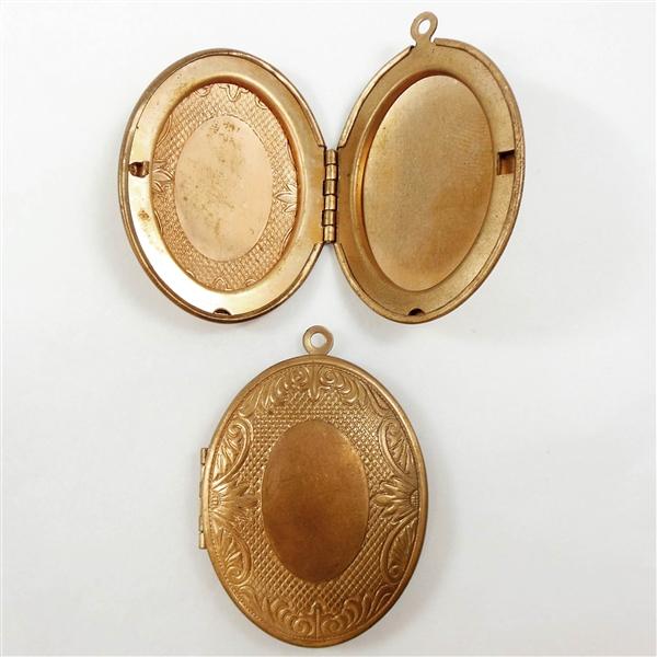 Vintage Brass Lockets 81