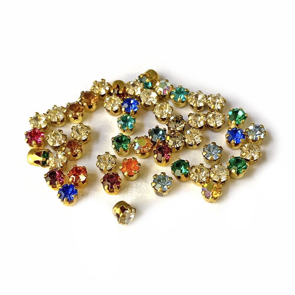 chatons, rhinestones, Swarovski, assorted colors,  flat back, Tiffany style setting, mixed colors, assortment, crystals, embellishments, stones, rhinestone, B'sue Boutiques, jewelry supplies,jewelry findings, jewelry making, vintage supplies, 01247