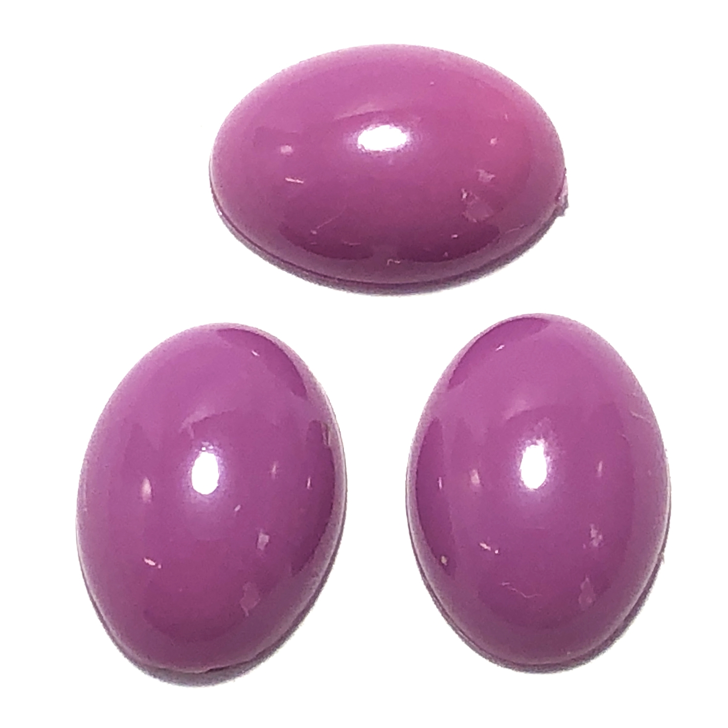 oval acrylic cabochon, plum, 0815, flat back stones, 18 x 13mm stones,  vintage jewelry supplies, B'sue Boutiques, plastic cabochons, cabochons, jewelry making supplies, vintage jewelry supplies, purple stone, purple cabochon