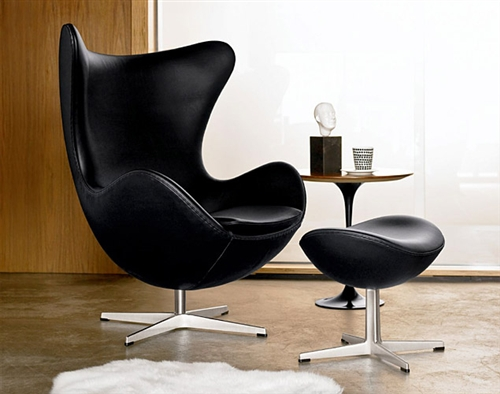 Arne Jacobsen Egg Chair And Ottoman In Leather