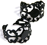 2pc black filigree ring base w/pad