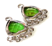 1pr green faceted resin drops silver heart 21x15mm