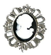 1pc silver plated oval pendant with cameo