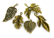 5pc antique brass small leaves charm set
