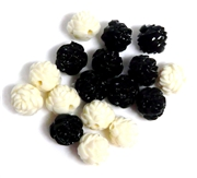 6pc Resin Antique Flower Beads 10mm Ivory & Black Mix