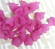 10pc 10mm Lucite Bell Flowers Fuchsia Pink