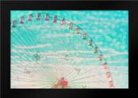 Skyline ferris wheel: Framed Art Print by Davis Ashley