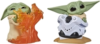 Star Wars The Child 2 Pack - Hiding Helmet & Stopping Fire