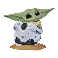 Star Wars The Bounty Collection Series 2 - The Child Helmet Hiding Pose
