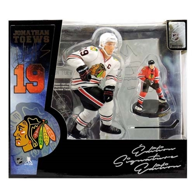 2016-17 NHL 2-Pack Limited Edition Exclusive - Jonathan Toews - Chicago Blackhawks