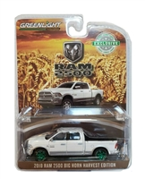 Greenlight Hobby Exclusive Series - 2018 RAM 2500 Big Horn Harvest (White/Silver) Green Machine