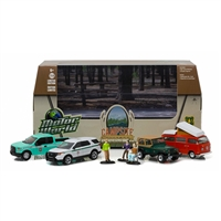 Greenlight Motor World Diorama - USFS Campsite Cruisers