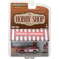 Greenlight Collectibles - The Hobby Shop Series 1 - 2015 Nissan GT-R w/ Race Car Driver