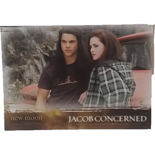 Twilight - New Moon Trading Card #47 - Jacob Concerned