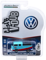 Greenlight - Club V-Dub Series 9 - 1976 Volkswagen Type 2 Double CAB Pick UP - STP Solid Pack (Blue)