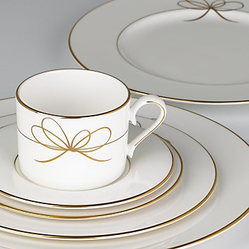 Gold Bow 5-piece Place Setting by Lenox