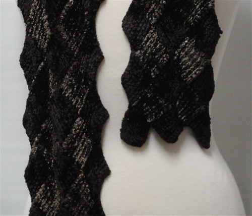 Touch Me Entrelac Scarf Pattern