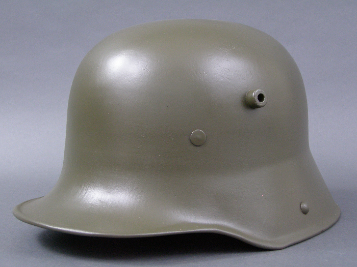 Original German WWI Refurbished M16 Helmet (Stahlhelm) Size 66 Shell