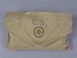 Original US WWII M1942 Field Dressing Pouch BOYT 43 With Field Dressing