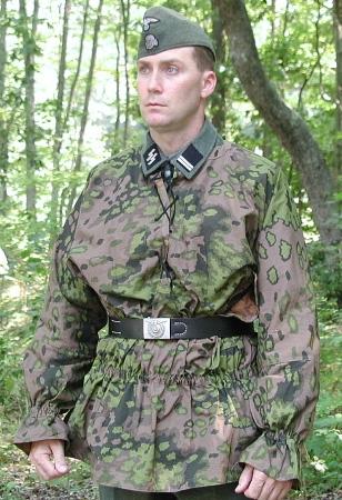 German WW2 Uniforms  Wehrmacht Heer Luftwaffe Waffen SS