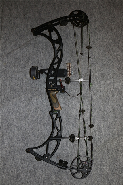 LIMBSAVER PROTON LS3 COMPOUND BOW