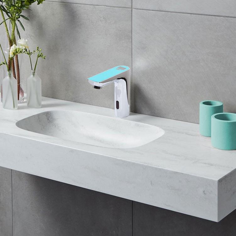 Romo Motion Sensor Faucet Digital Display Touchless Faucet
