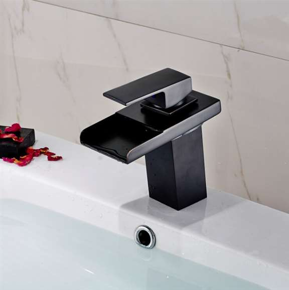 Quebec Oil Rubbed Bronze Deck Mounted Single Handle Bathtub Faucet.