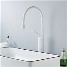 Modern Single Lever 360 Rotation Spout Brass Sink Faucet