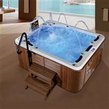 Verona Family Outdoor Acrylic Bathtub with LCD TV