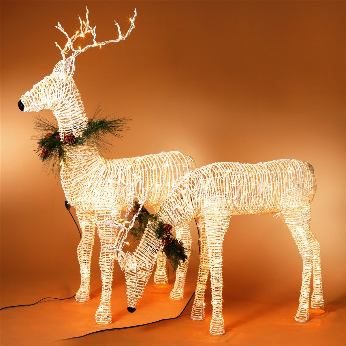 GERSON 60\'\'H ELECTRIC LIGHTED GRAPEVINE DEER ON METAL FRAME (HEAD DOWN)