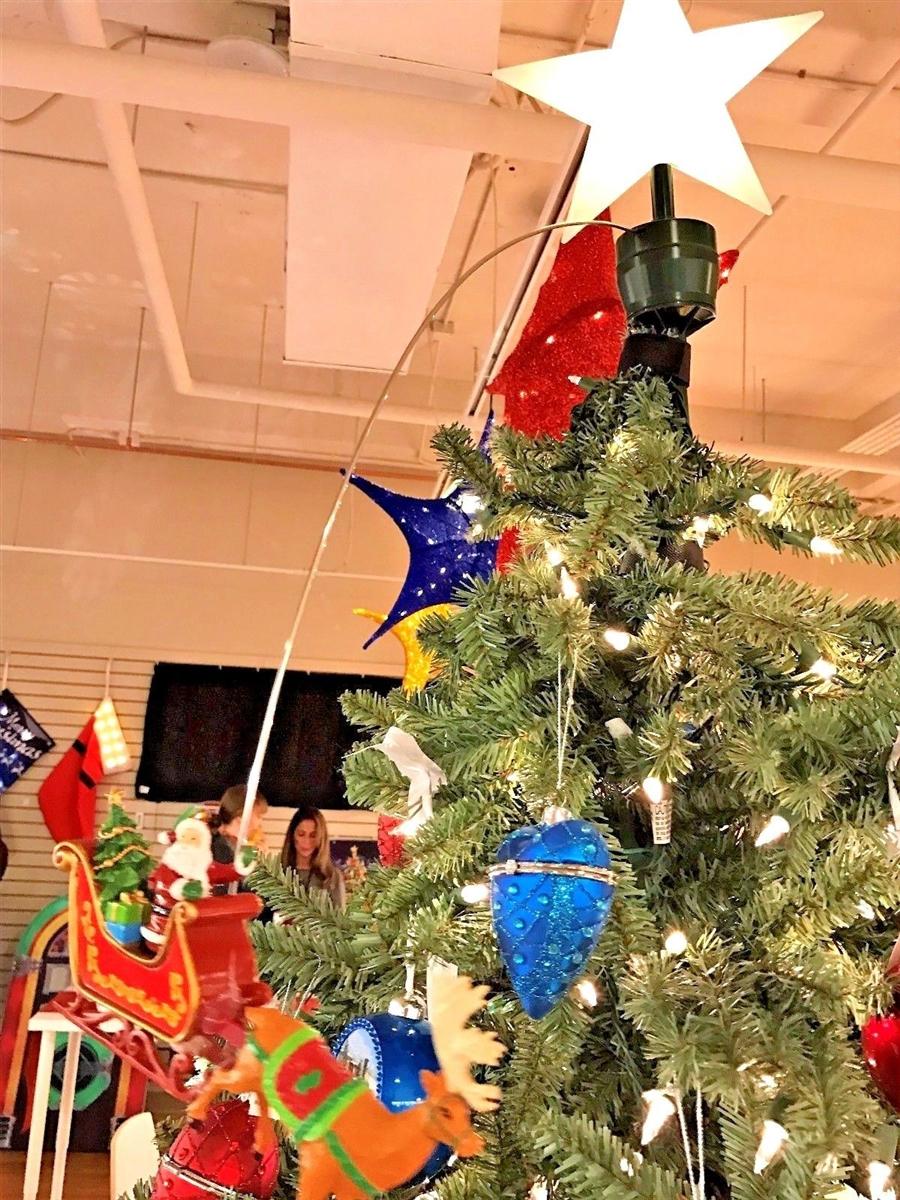 mr christmas animated tree topper santas sleigh new - Mr Christmas Tree