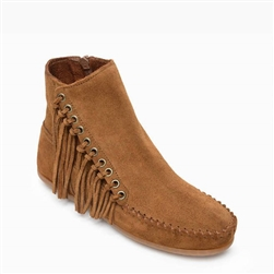 Minnetonka Suede Boots: Willow Brown Fringe