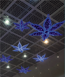 giant LED flower with metallic carpet garland
