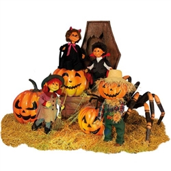 Animated Halloween scene with children